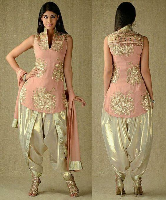 Heavy golden and peach sleeveless stand collar kurti and patiala for Indians weddings and party for short height girls and ladies