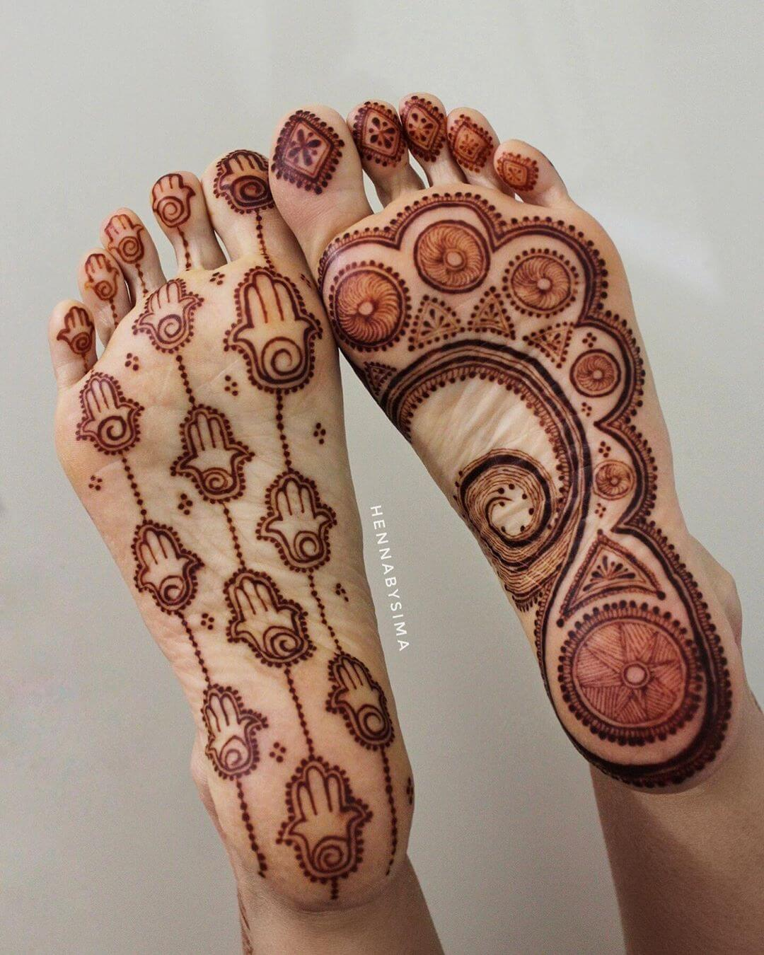 Hamsa Mehndi Design for foot