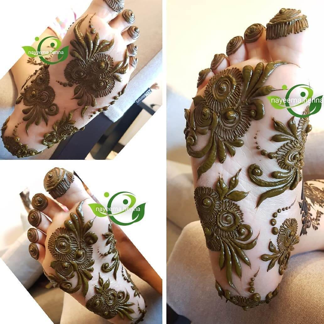 Stylish Floral Bouquet Mehndi Design