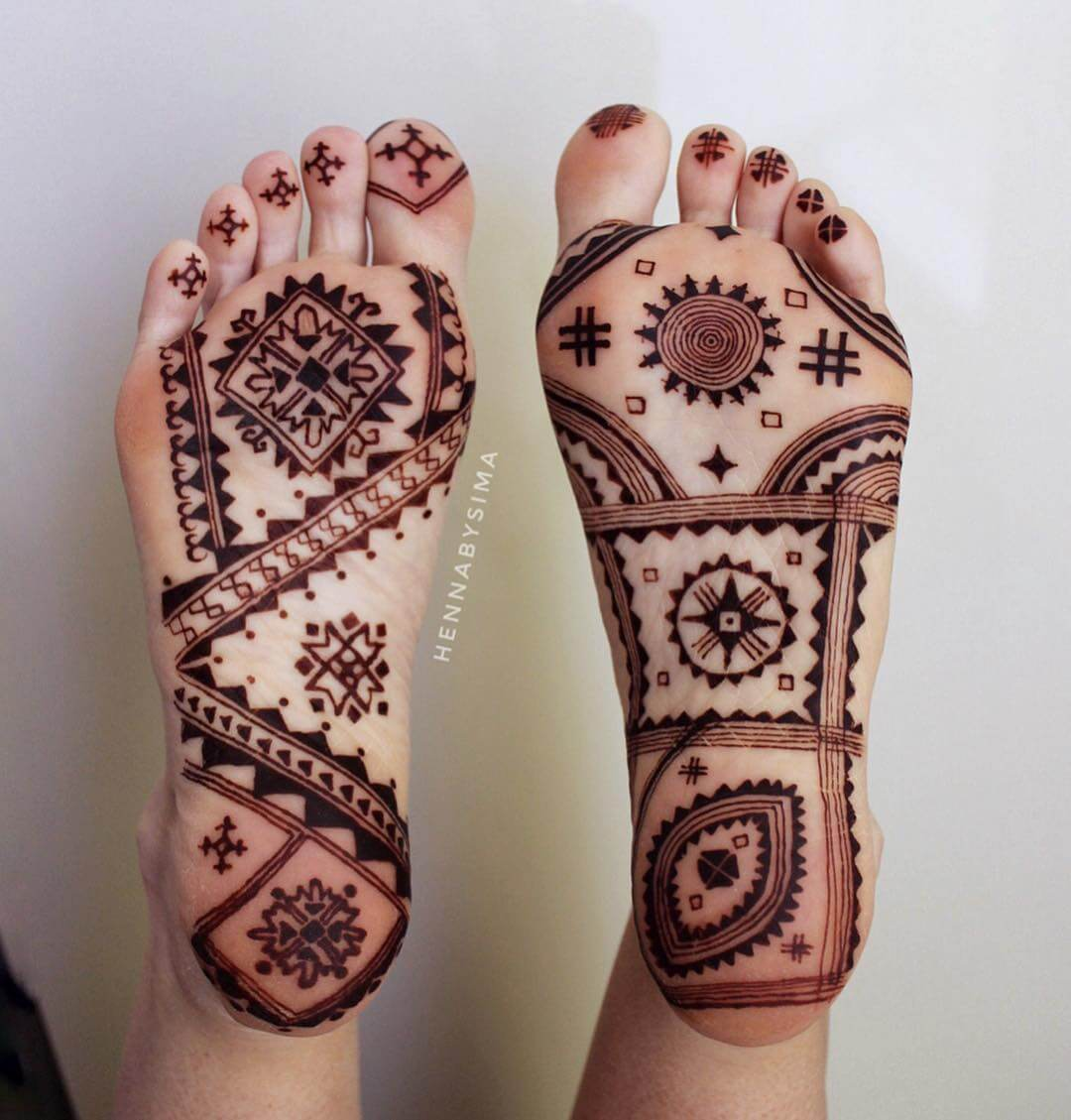 Geometry Fetish Mehndi Design For Foot