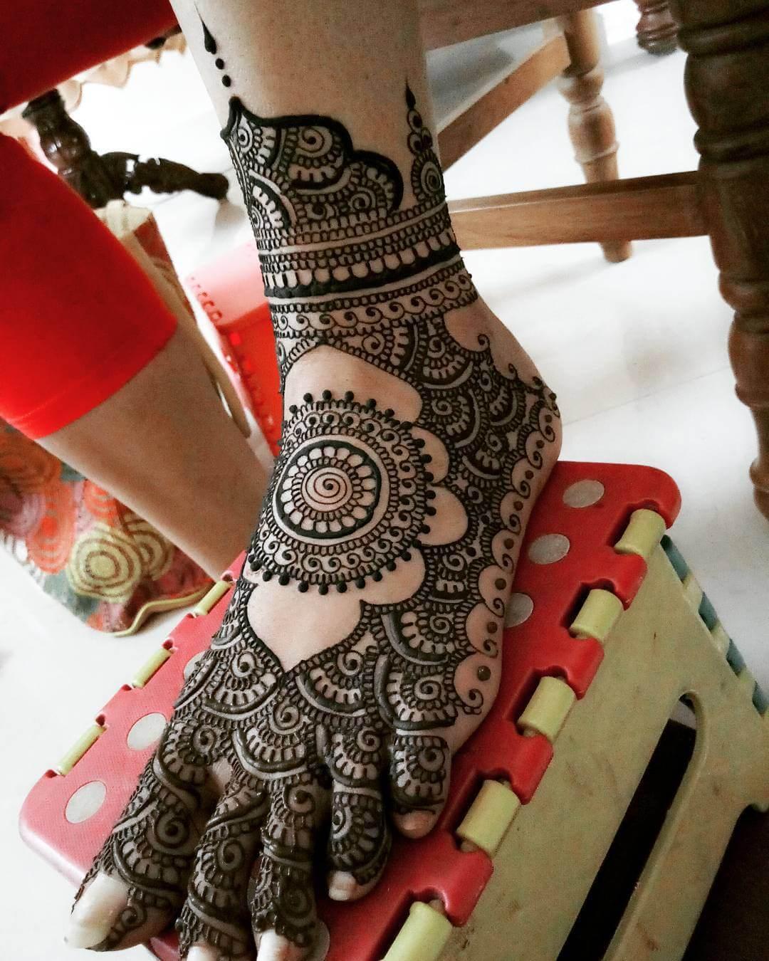 Most Popular And Trending Bridal Mehandi