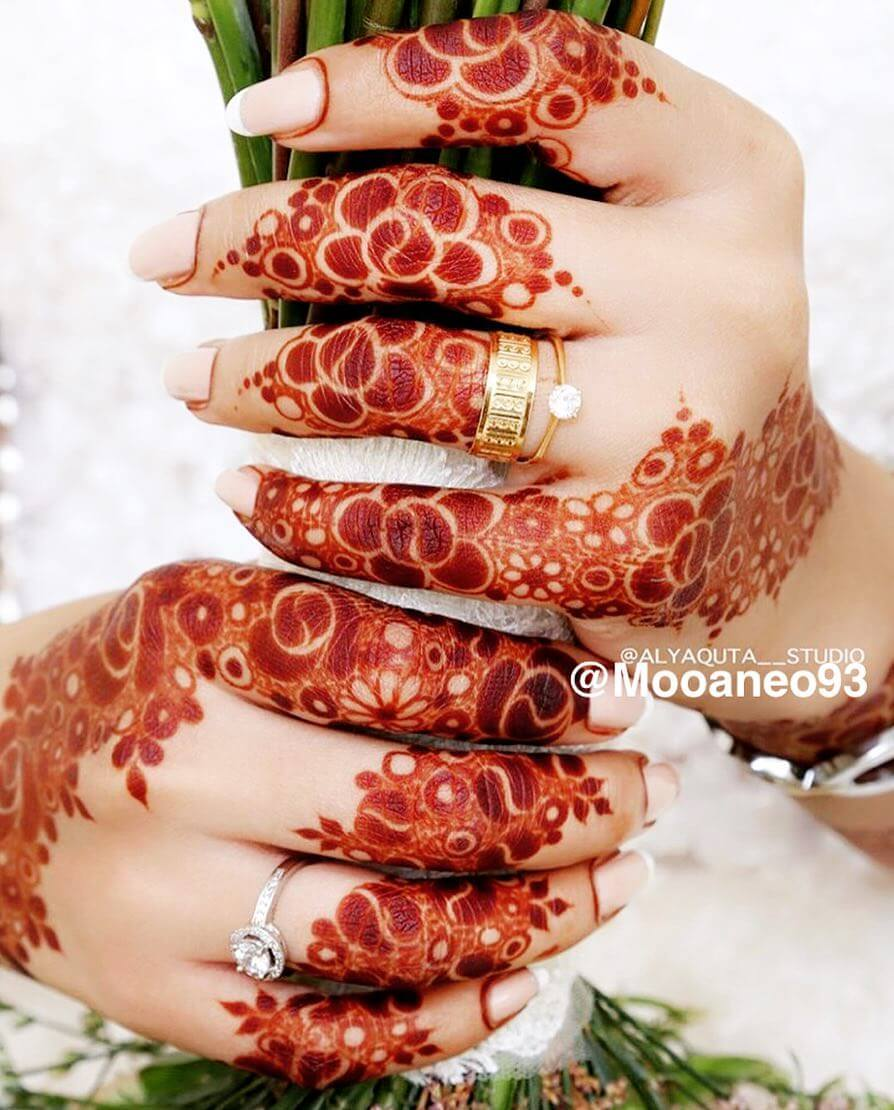 Gorgeous Khafif Mehndi Design For Fingers