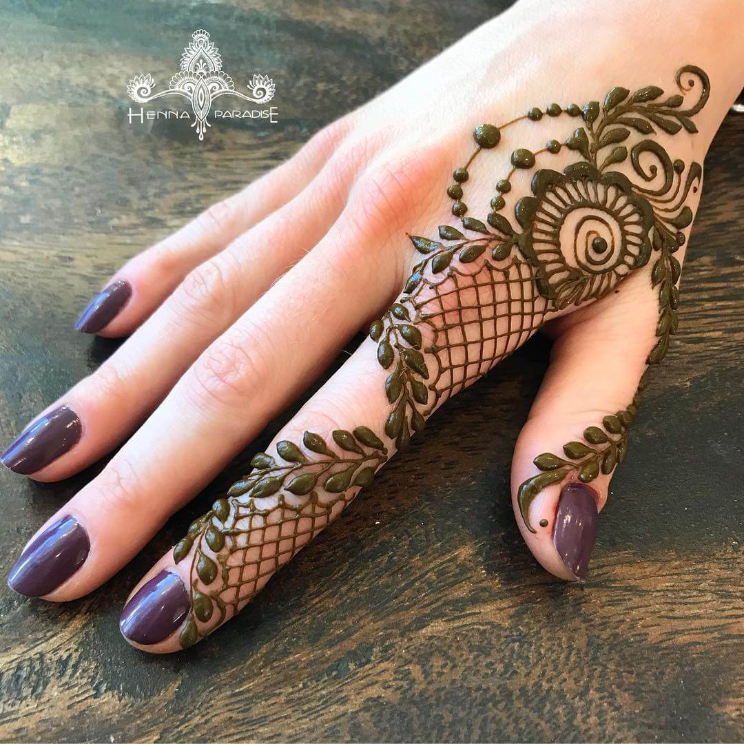 One Finger Net Mehndi Design