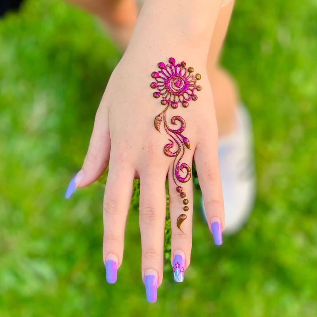 One Finger Colourful Mehndi Design