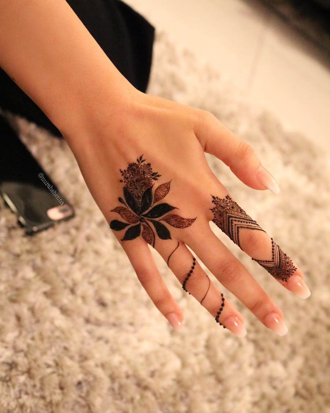 One Finger Bohemian Mehndi Design