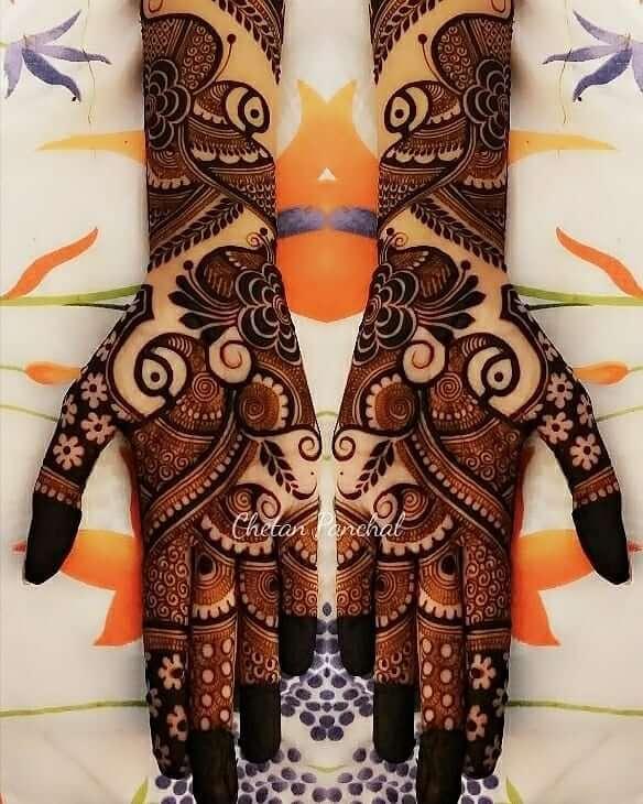 Fascinating Peacock Mehndi Design For Palms