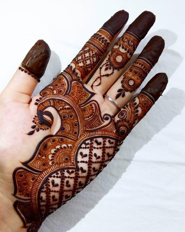 Ravishing Peacock Mehndi Design For Palm