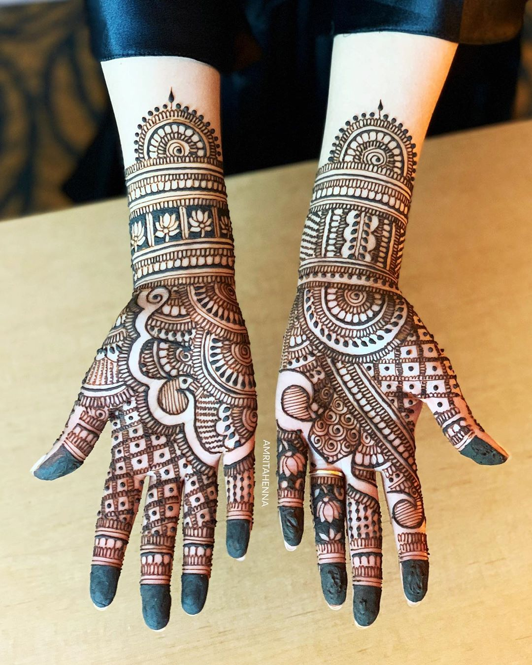 Marwari style mehendi design for noble brides