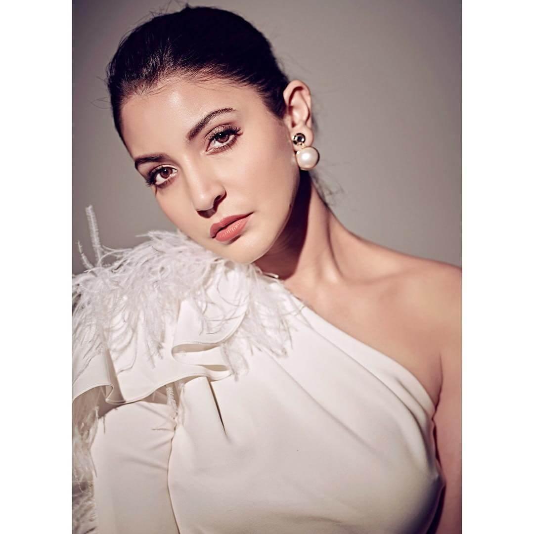 The Pretty Pearl Anushka Sharma's Earring Designs