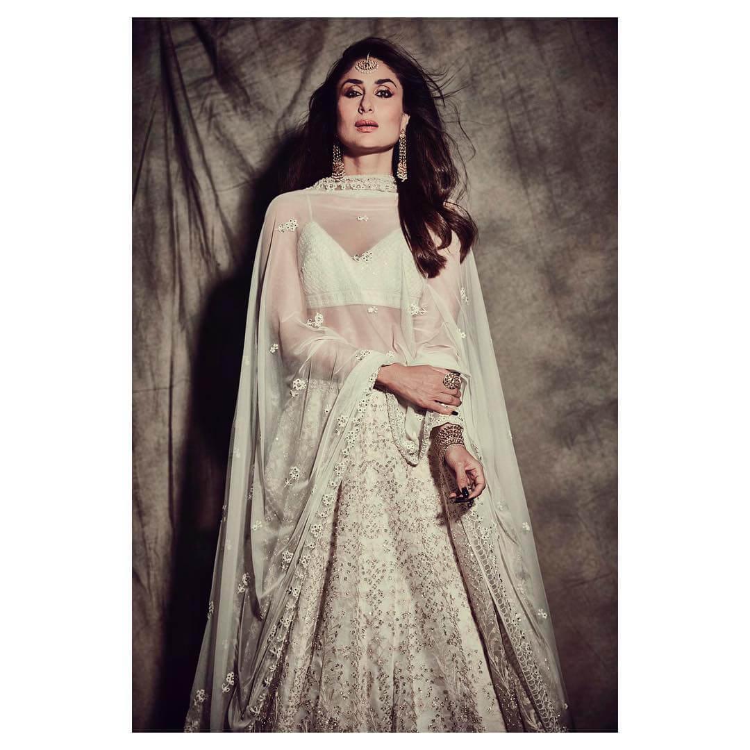 The Heavenly Ivory Organza Lehenga of Kareena Kapoor Khan