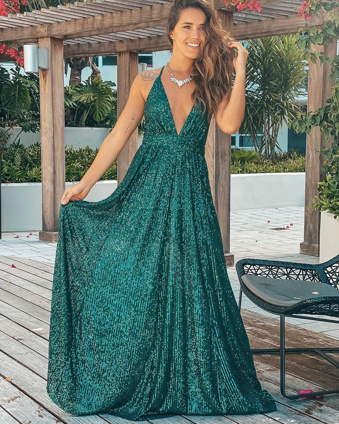 A sequin gown to shine at an event fun with sequin
