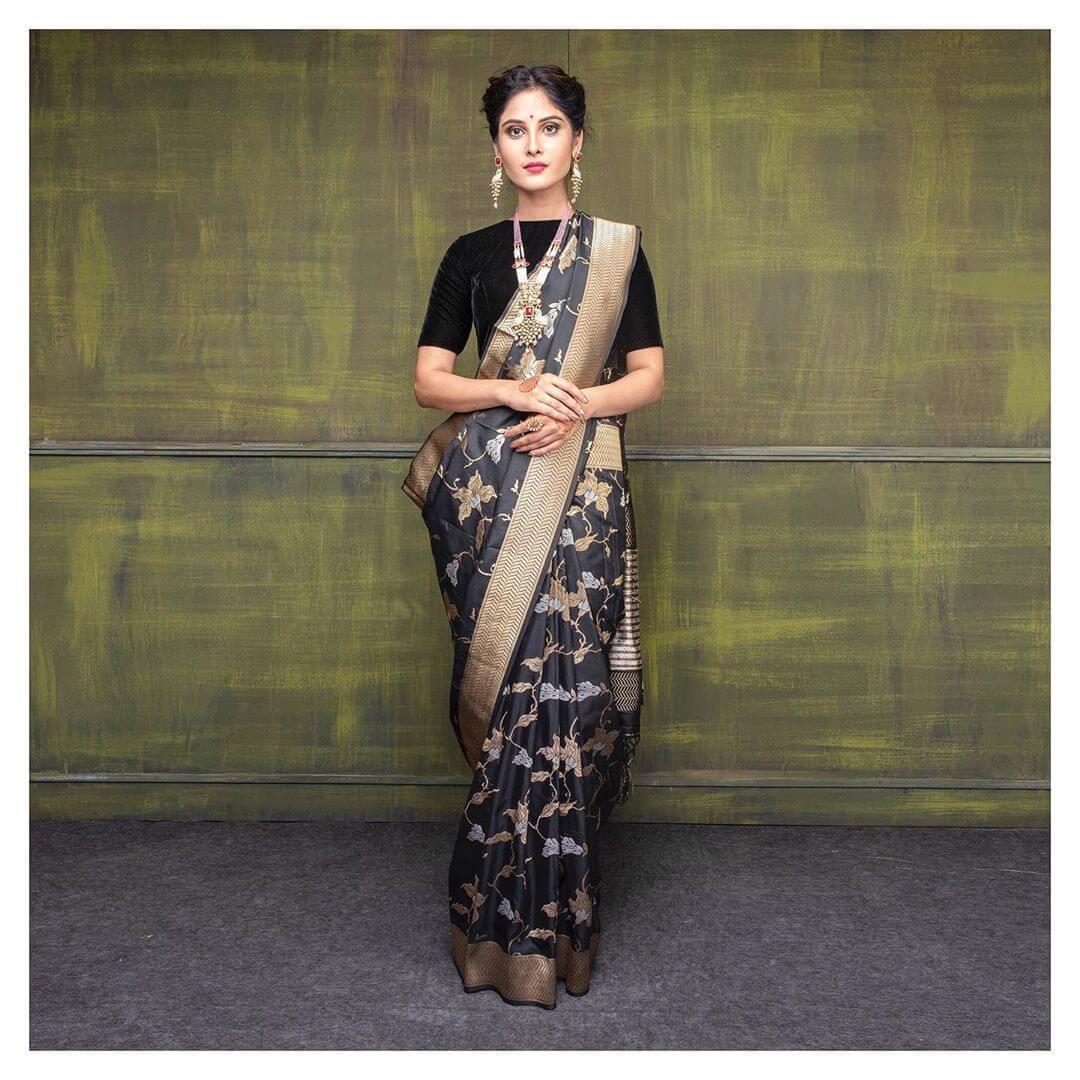 Indian Handloom Brocade For Benarasi Sarees
