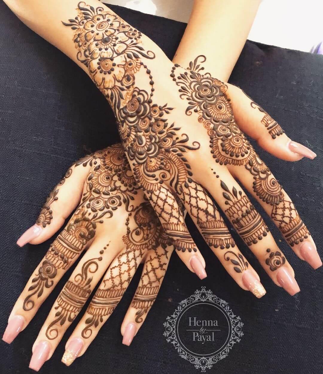 Unique Indo-Arabic Mehndi For Back Hand
