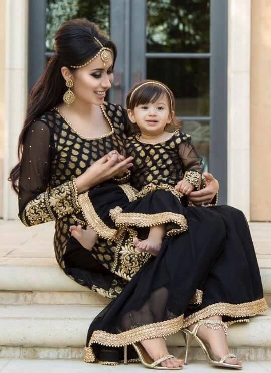 When mothers and daughters know how to rock a black ethnic look