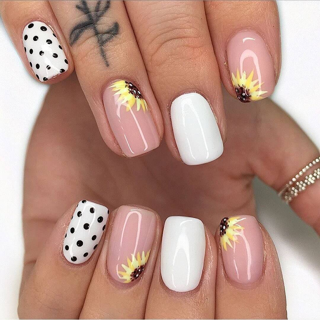 Floral Manicure Nail Art For Medium Nails