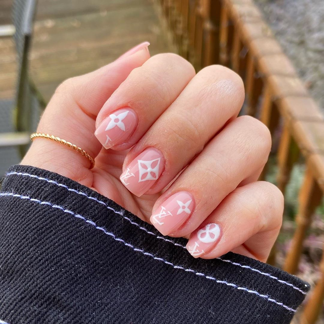 A Nail Art For Your Love Of Louis Vuitton For Short Nails