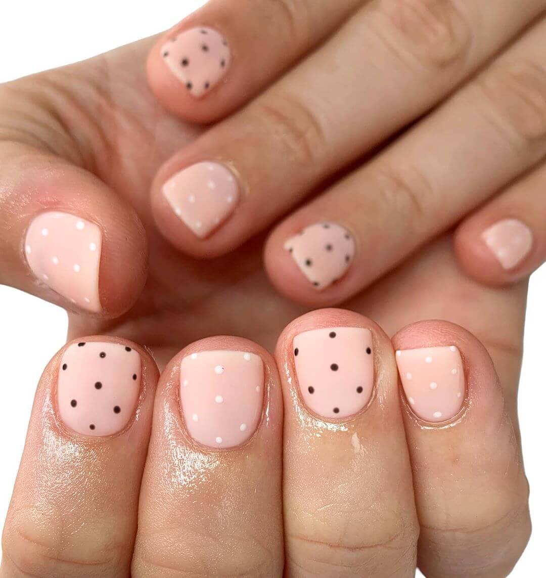 Simple and Sober Polka Dot Nail Design