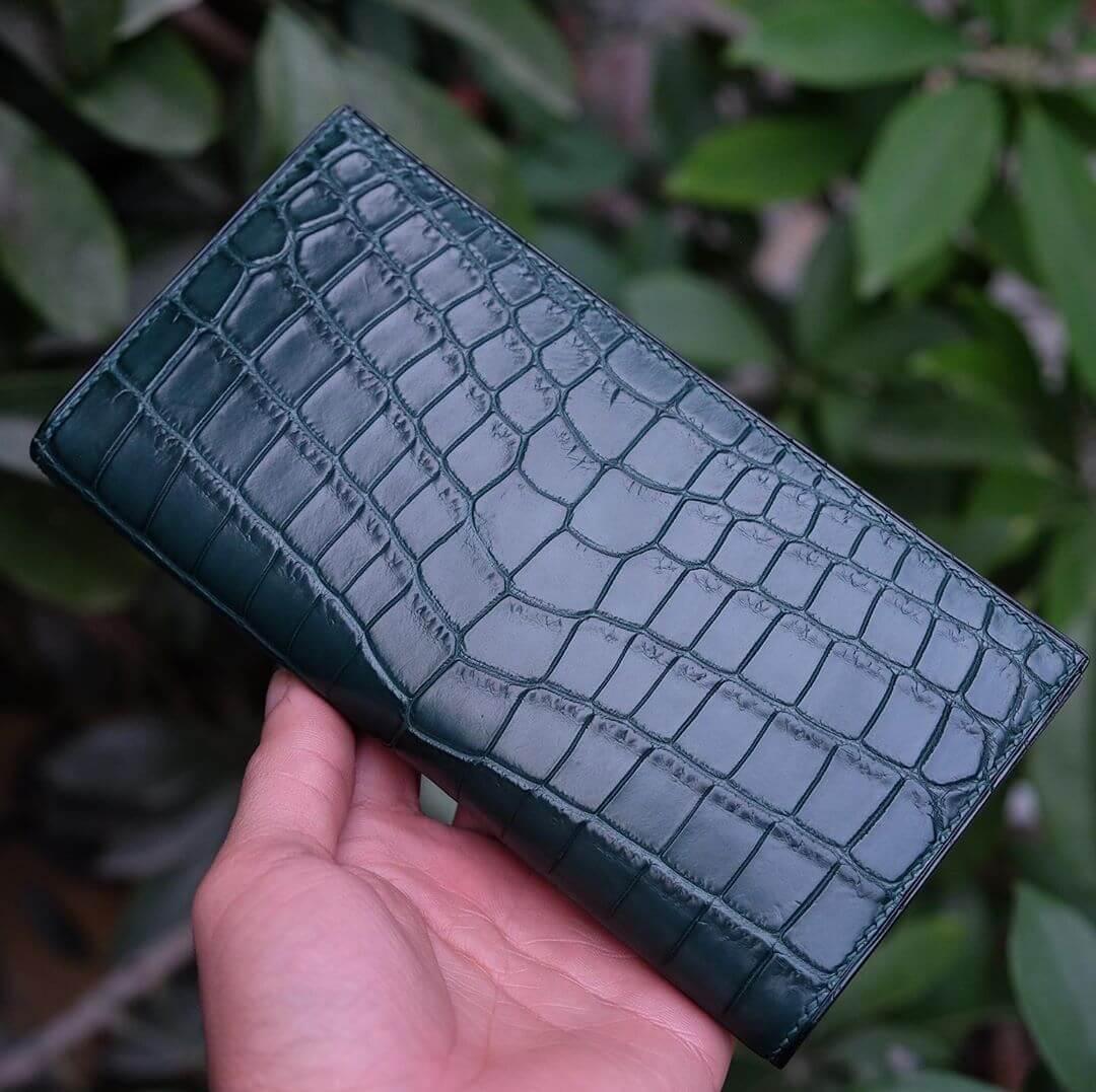 Designer Women's Leather Clutch & Purses