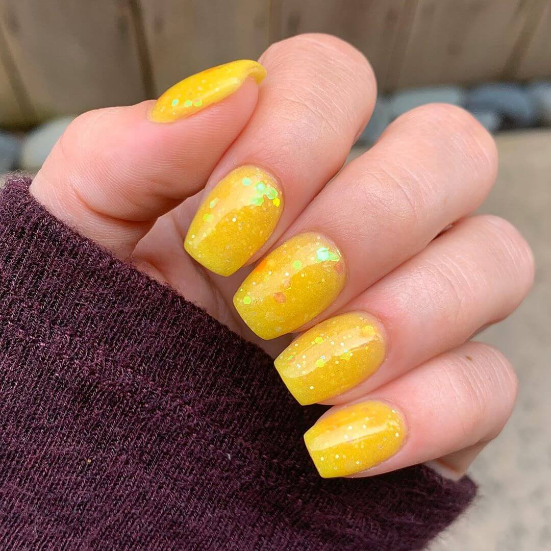 Springy with Flair Yellow Nail Art Design