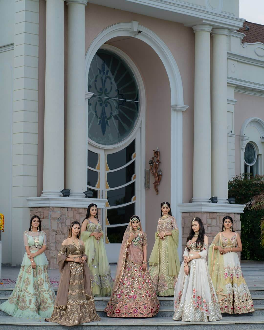 Photoshoot Poses For The Bride With Their BFFs With Royal Touch
