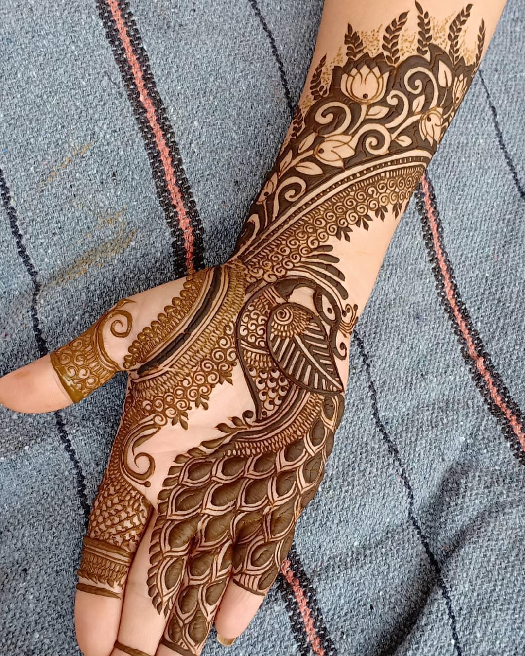 Peacock And Lotus Arabic Mehndi Full Hand