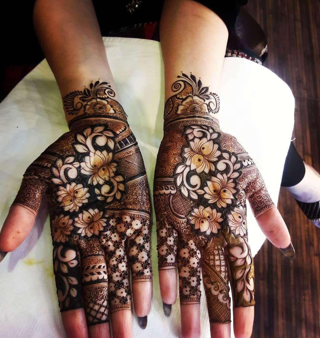 Bewitching Engagement Mehndi Design For Palms
