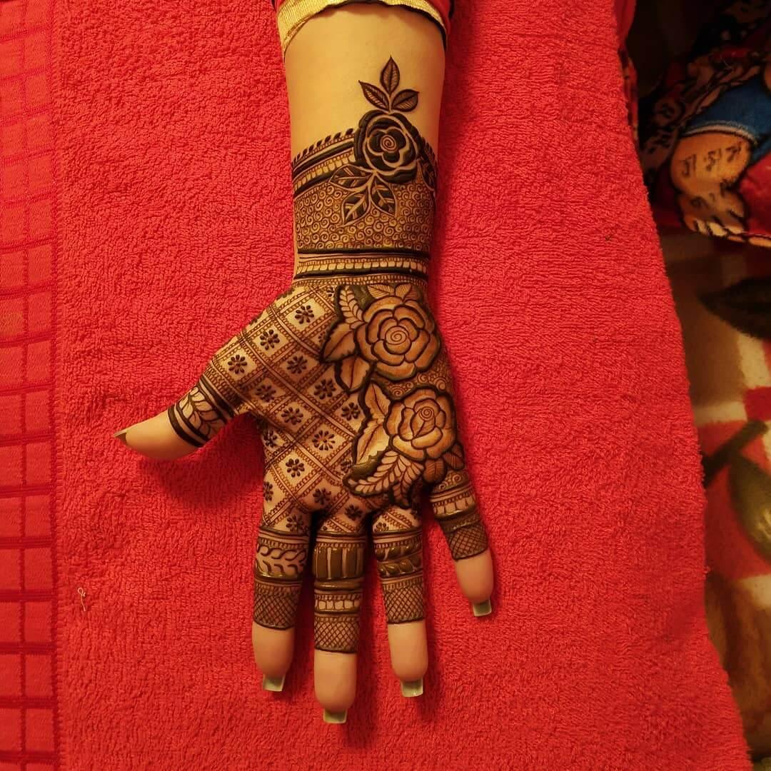 Astounding Engagement Mehndi Design For Palms