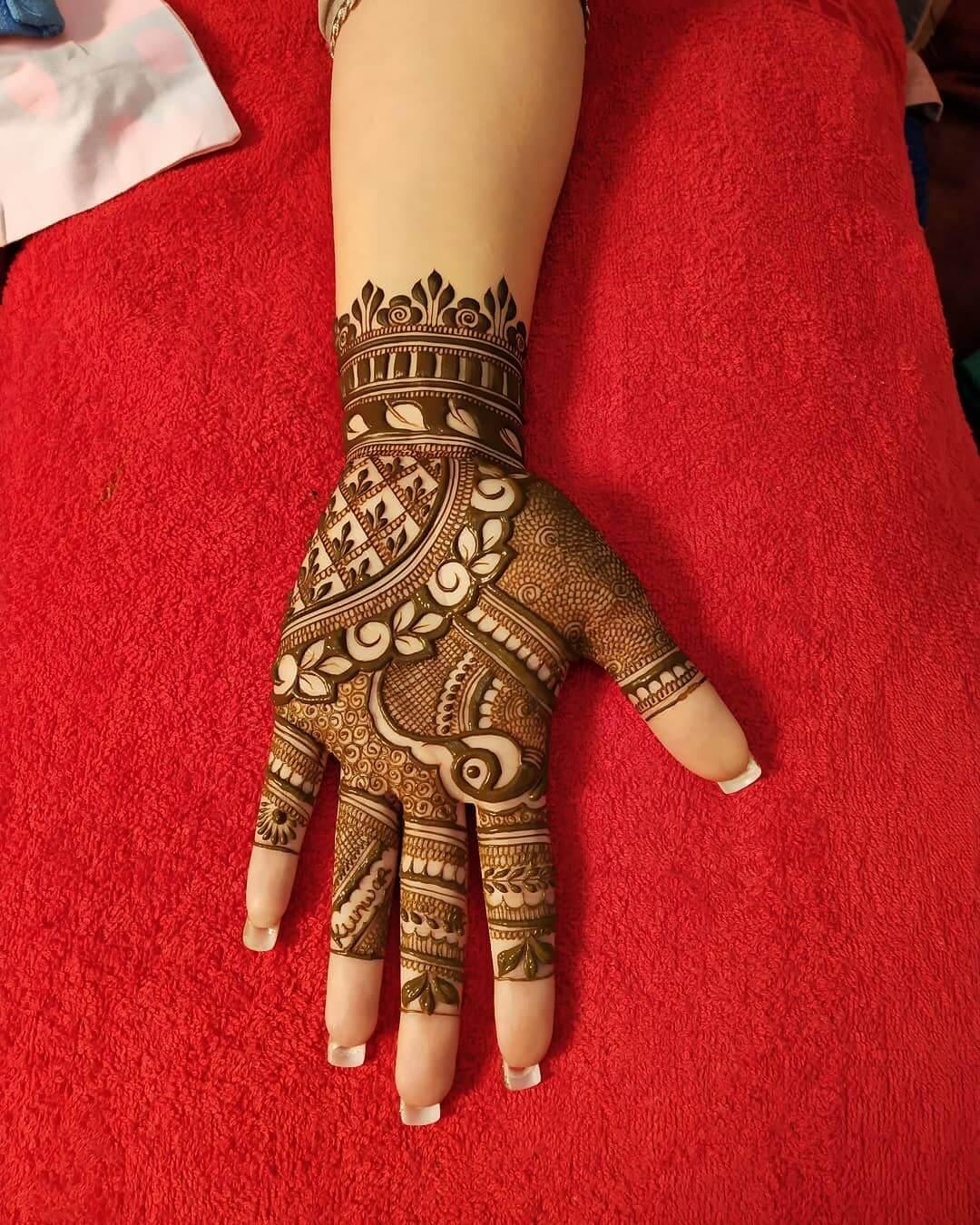 Captivating Engagement Mehndi Design For Palms