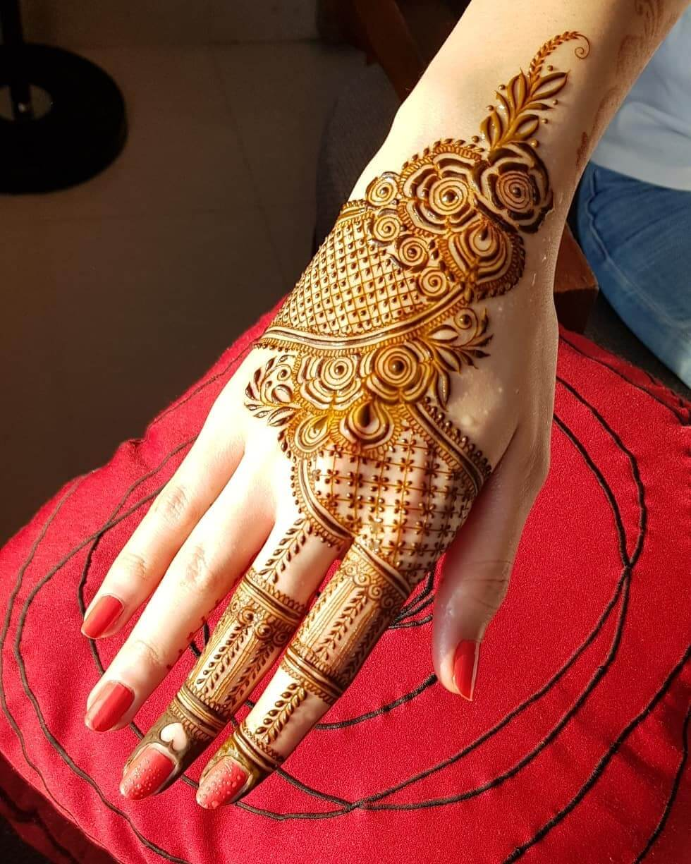 Floral Latest Mehndi Designs for Raksha Bandhan
