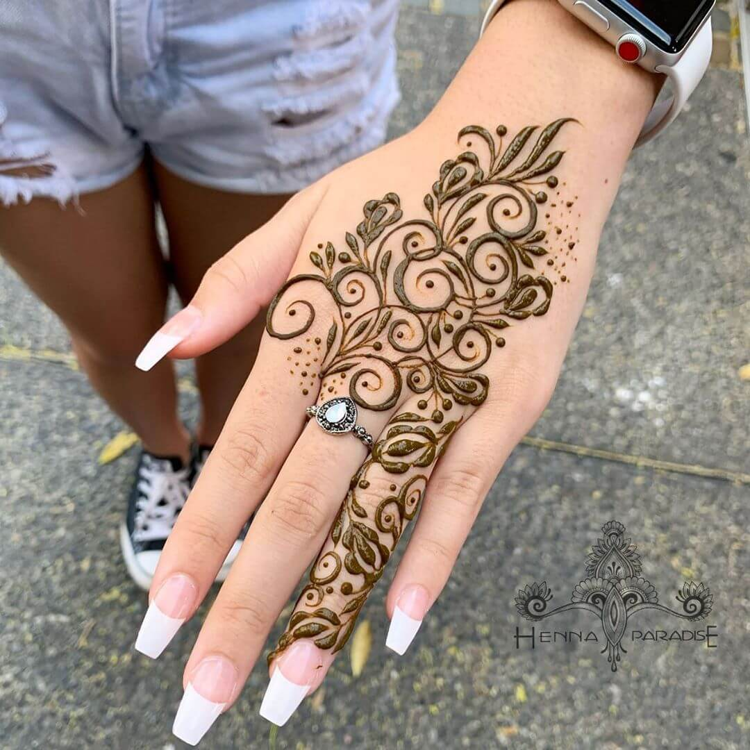 Simple and Gorgeous Latest Mehndi Designs for Raksha Bandhan