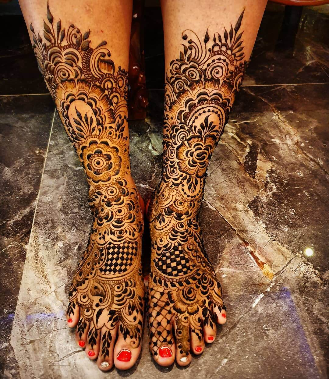 Moroccan Mehendi designs for Feet