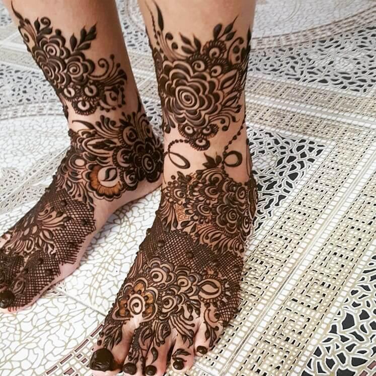 Jaala Design Mehendi designs for Feet