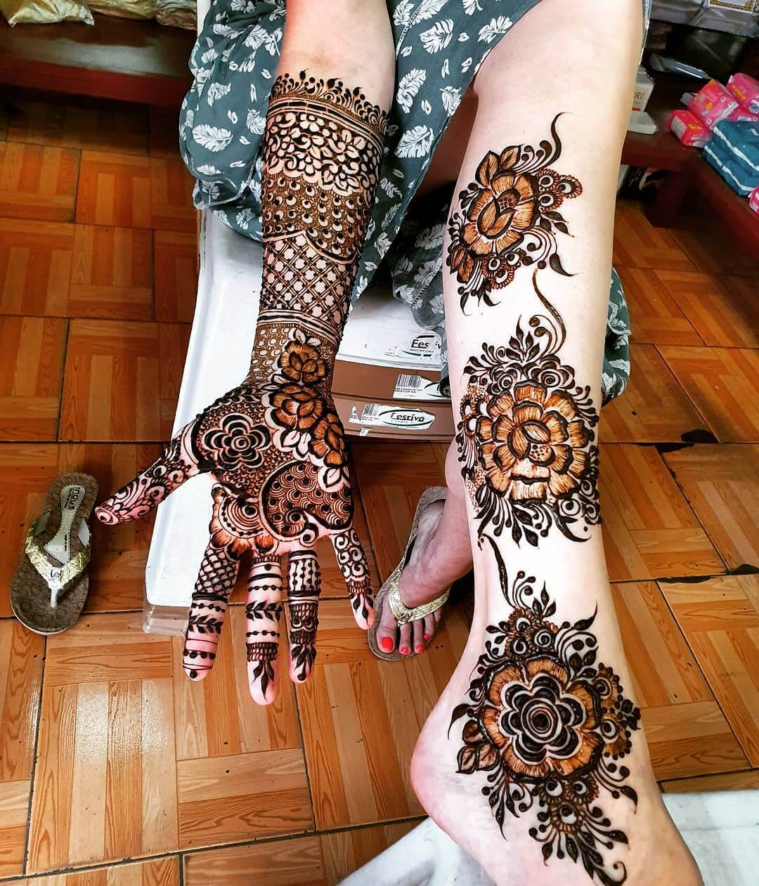 Complement your Hands Mehendi designs for Feet