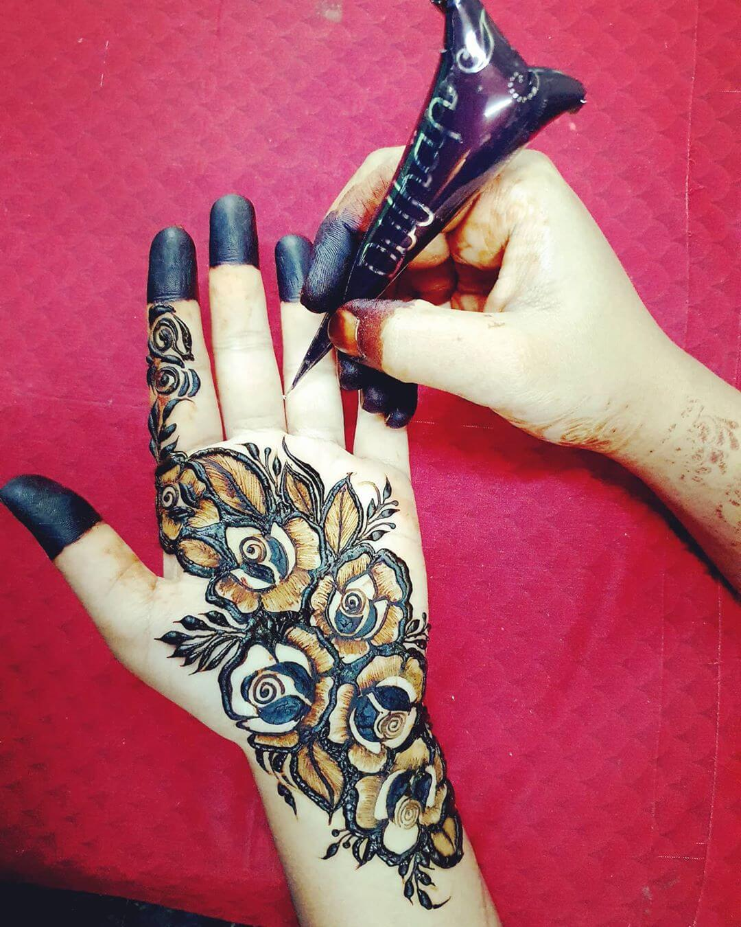 Bed of roses Mehndi for Back and Front Hand