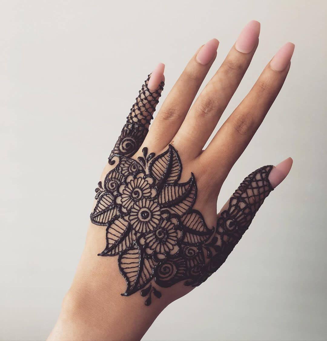 Partial Handcuff Design Beautiful Jewellery Mehndi Designs for Back Hand