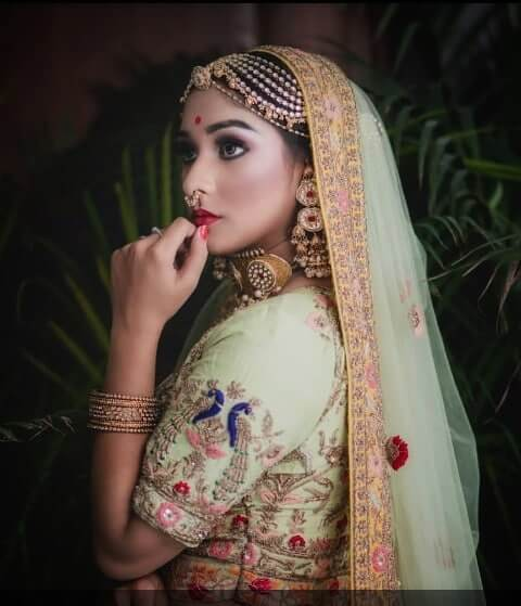 Floral Mathapatti Work Borla Designs For Every Bride