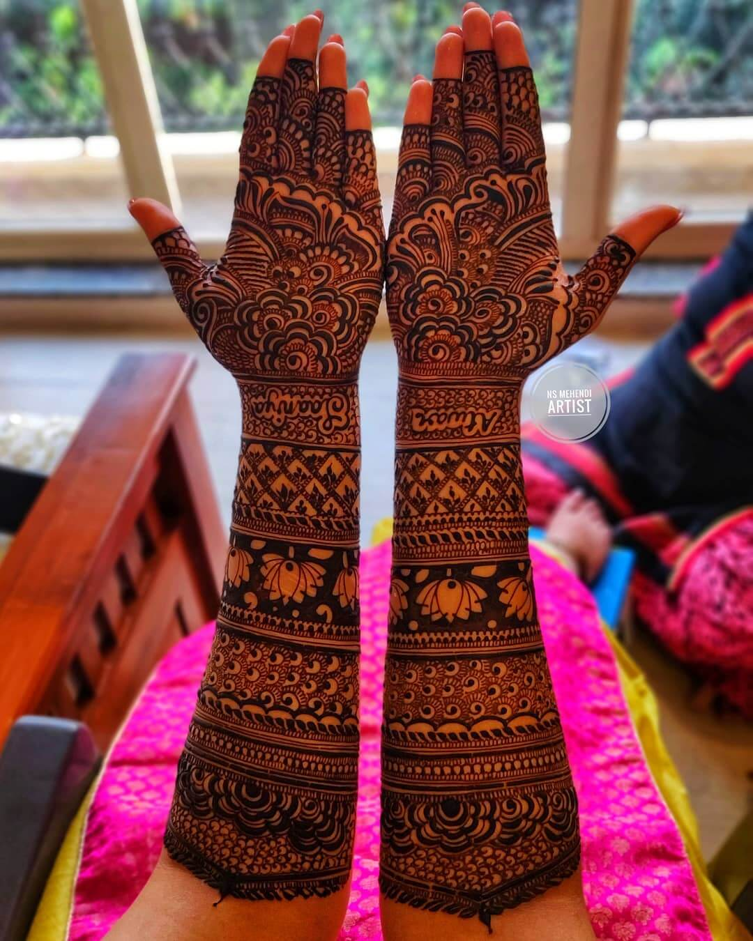 Graceful Mehndi Designs For Front Hand