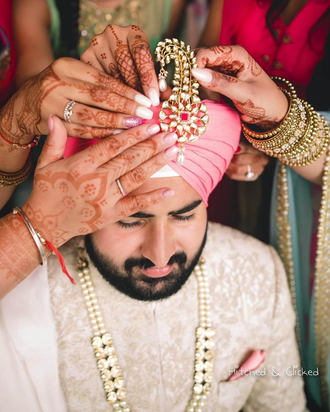 Sikh kalgi Designs for Indian Groom