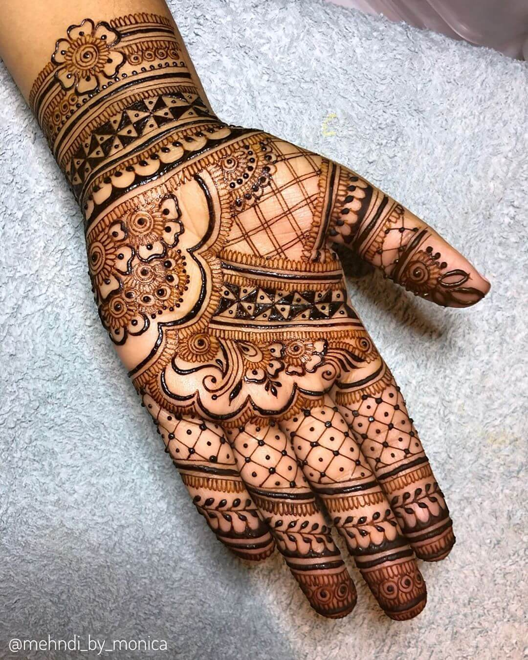 Floral Grid Henna For Front Hand