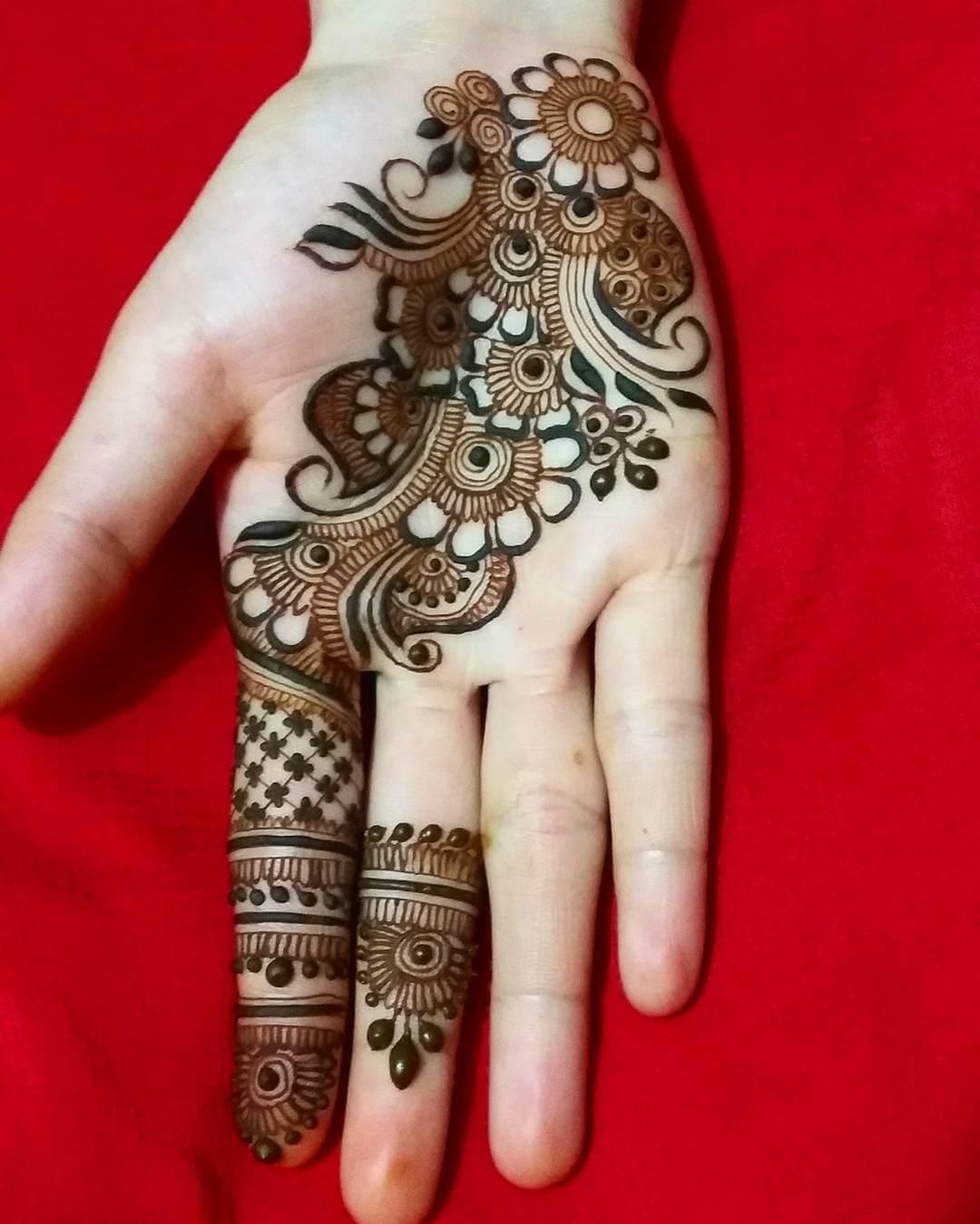 Arabic Bel Mylanchi Design For Front Hand
