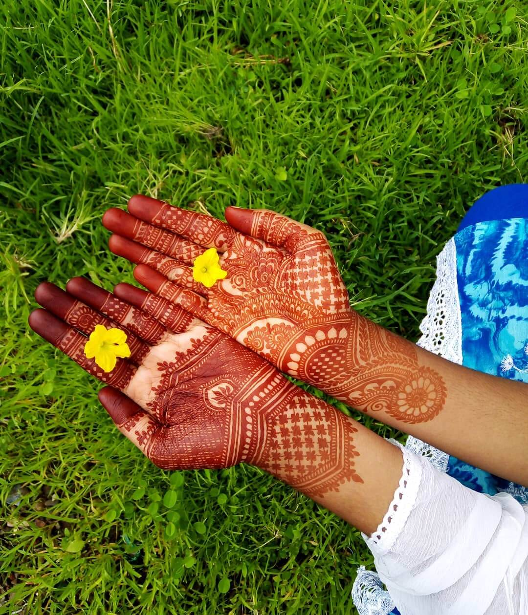 Simplicity With A Tint Of Magic Mehndi Design For Front Hand