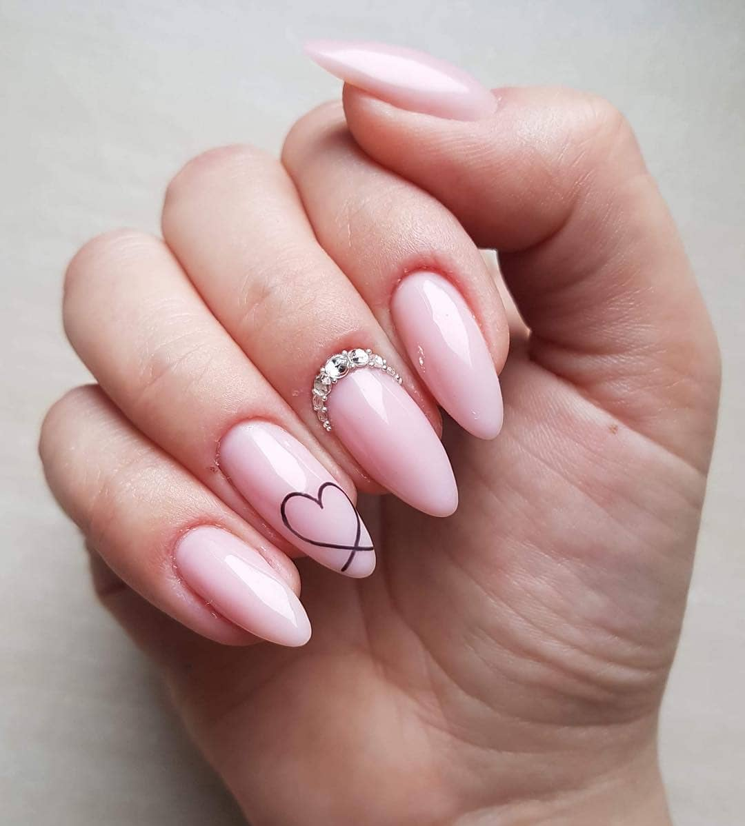 Black heart Pink Nail Art Designs