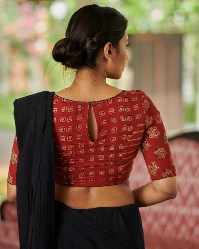 Cotton Sari Blouse With Oval Cut Blouse Back Neck Designs