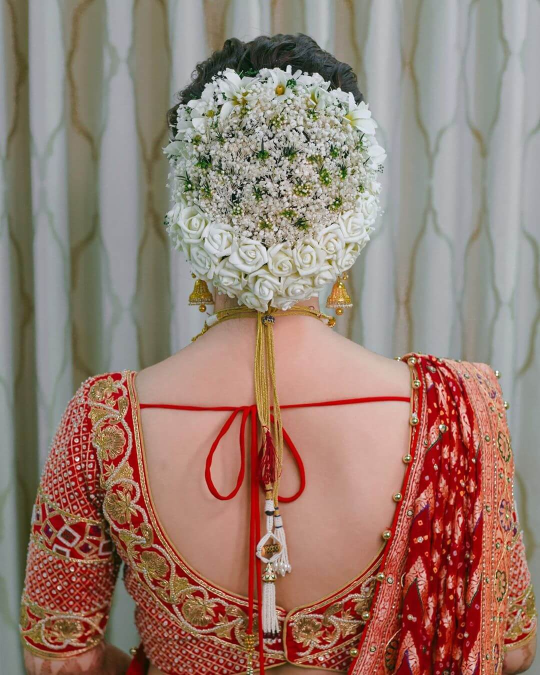White flowers Gujrati Bridal Hairstyles
