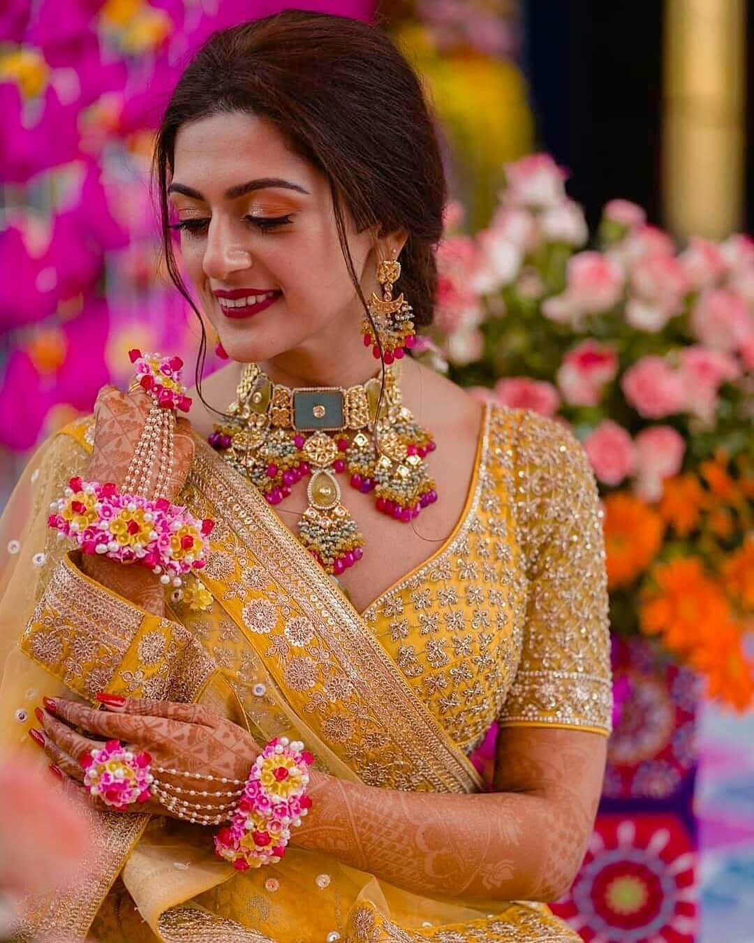 Beautiful Flower haath phool Design For Indian Brides
