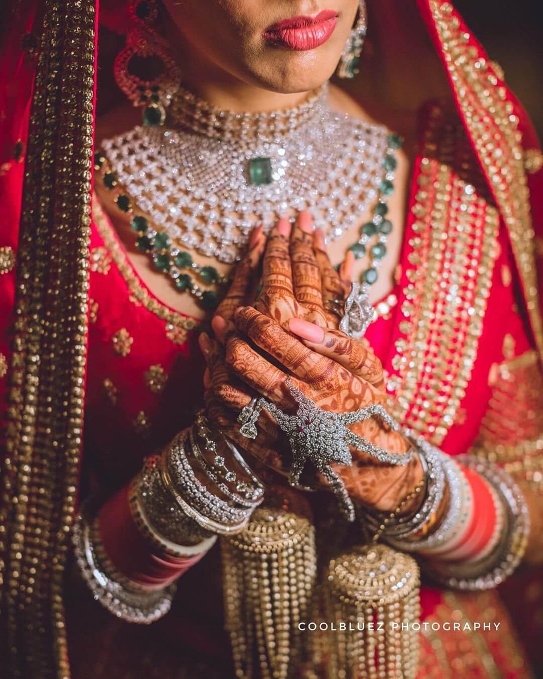 Diamond haath phool Design For Indian Brides