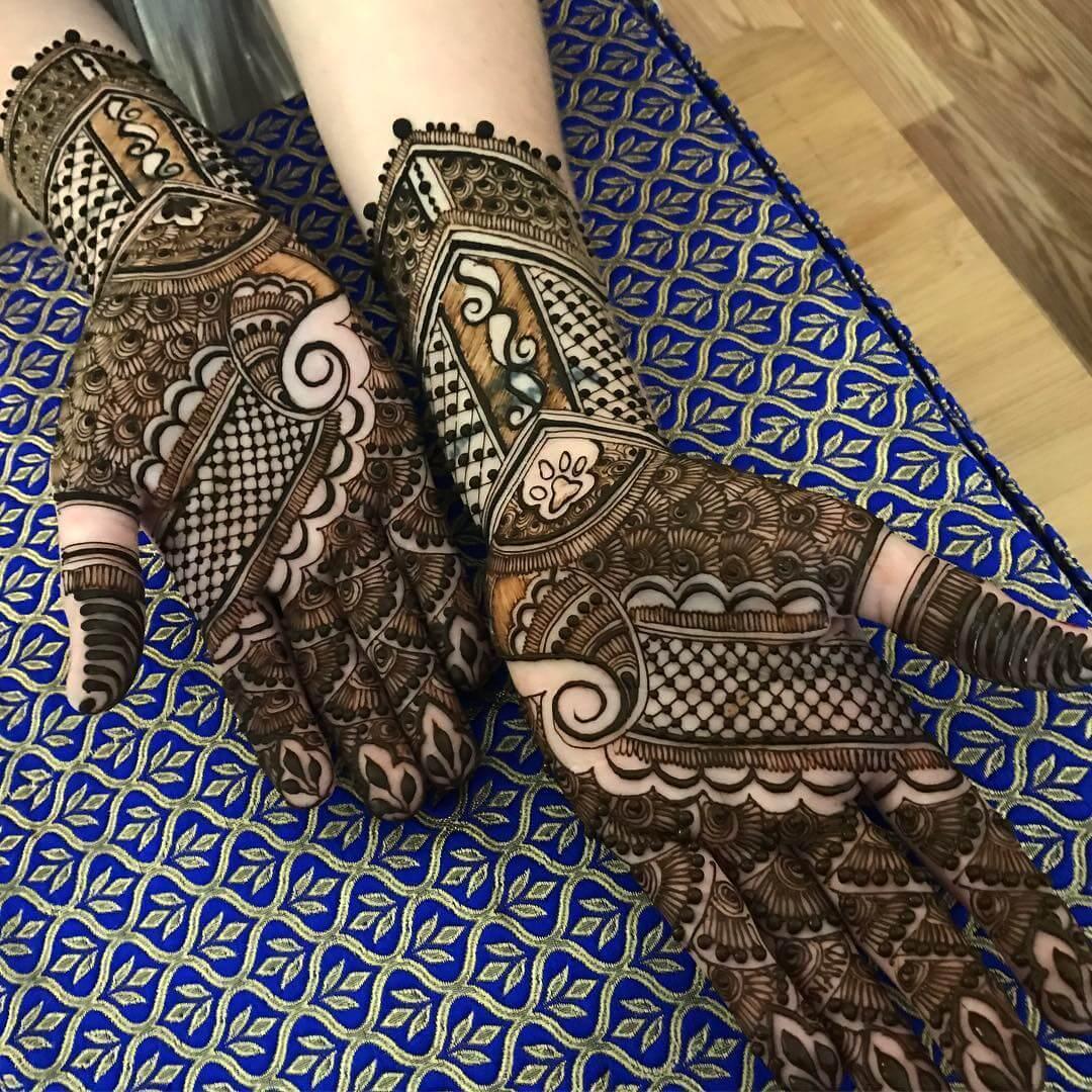 Mehndi Design For Bridal Hands