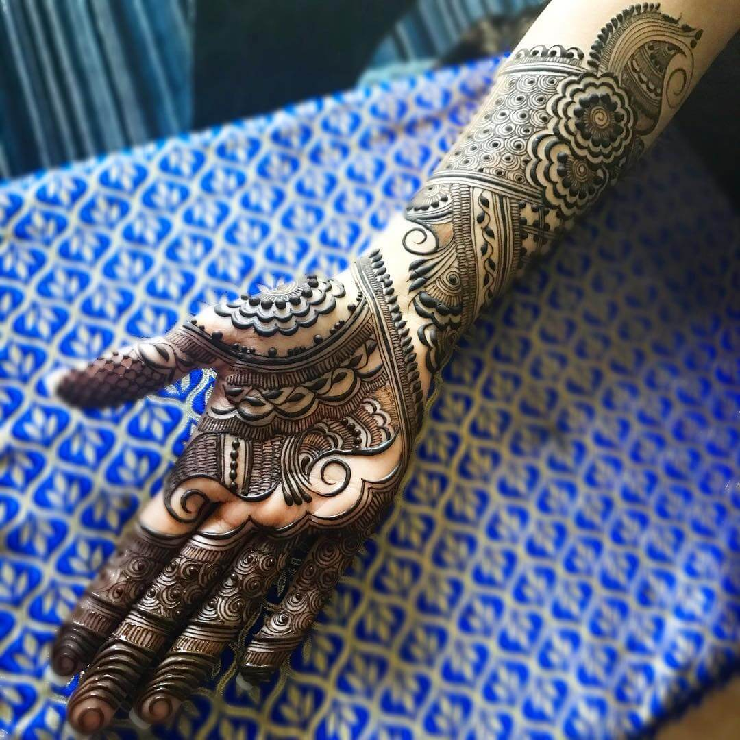 Floral Mehndi Design With Full Hand Till Elbows