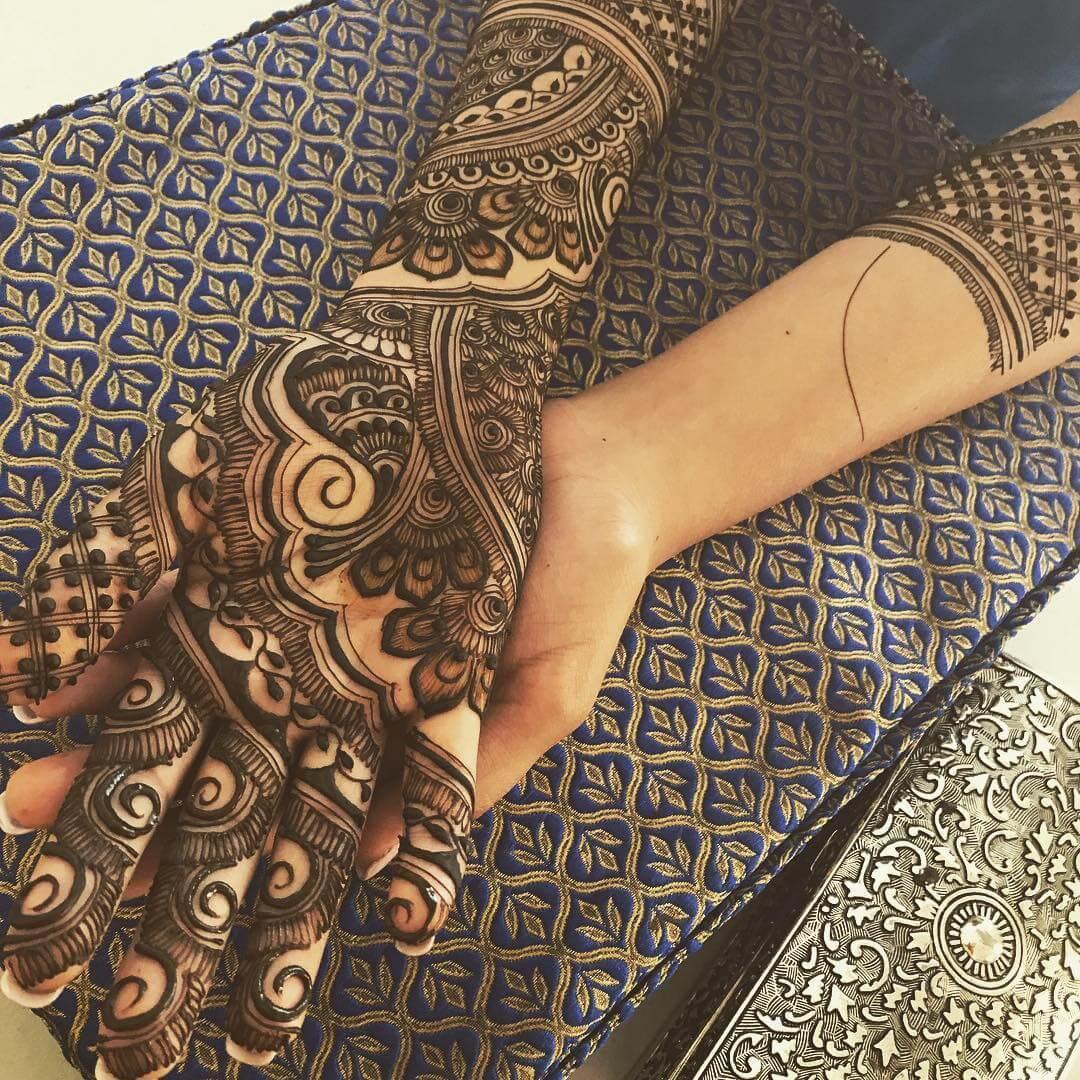 Floral Mehndi Design For Front side
