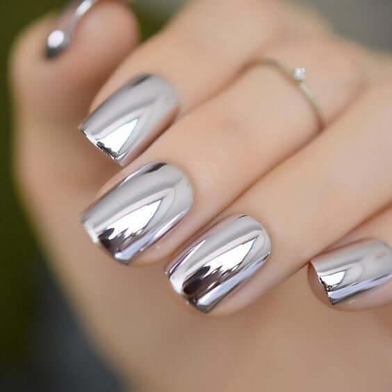 Silver Glossy Metallic Nail Art Designs